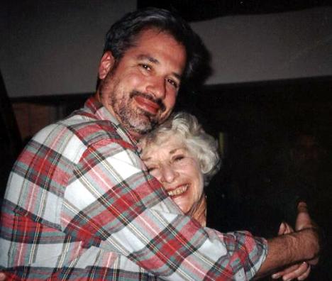 !Granny & Daddy hug @ 40th birthday parth